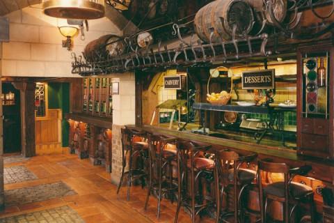 Carvary Bar